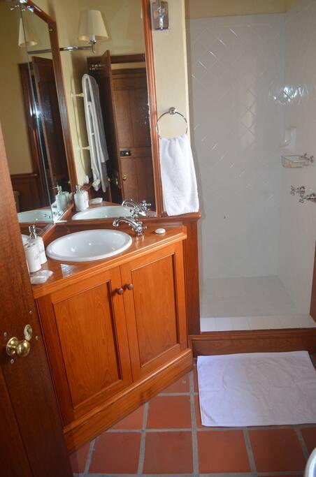 Bad/toilet tilhørende Kong Konstantins værelse.