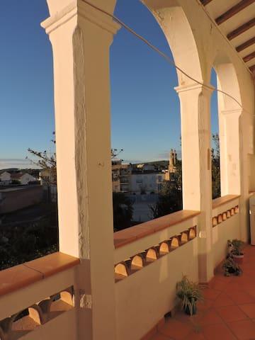 Espai per tothom! - Sant Pere de Ribes - Huis
