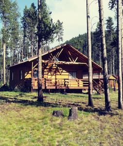 Cozy East Fork Getaway Cabin