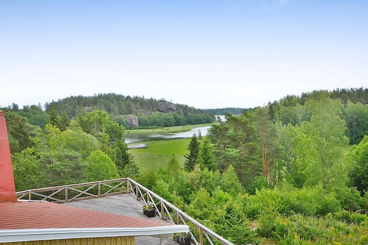 """Häringe"" Oceanview Holiday Home"