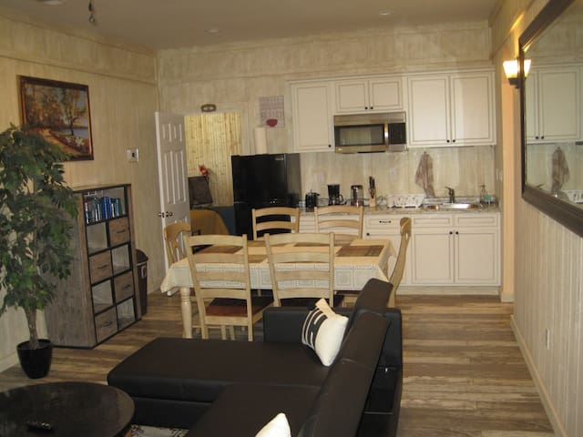 Private Spacious 2 Bedroom Unit with Loft