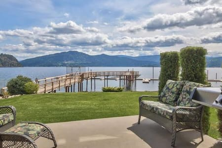 Lakefront Scotch Creek Home with Stunning Views