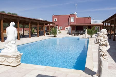 Villa Jany - Mare - Oria - Bed & Breakfast