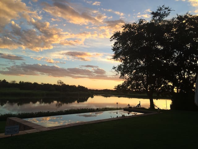 River Place Manor - Upington - Bed & Breakfast