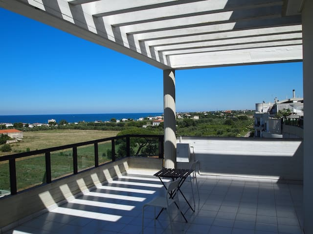 Penthouse in Trani, close to beach - Trani - Apartment