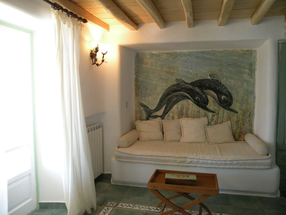 Real fresco on the wall. The couch can be tranformed in a single bed.