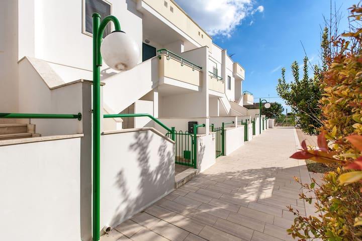 422 Casa a 150 m. dalla Spiaggia - Torre San Giovanni - อพาร์ทเมนท์