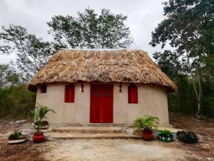 Cabaña maya en Parador ecoturístico/ Mayan cabin