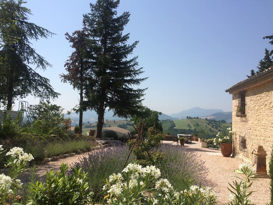 Pergola Amazing Views King Size Bed Bed And Breakfasts For Rent In Pergola Marche Italy