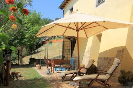 Ferienhaus Cottage Sabina bei Rom - Torrita Tiberina - Villa