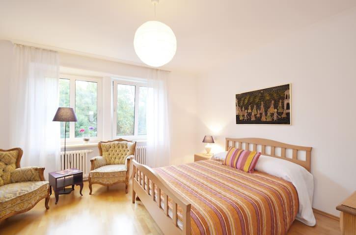 3-room apartment in Bogenhausen