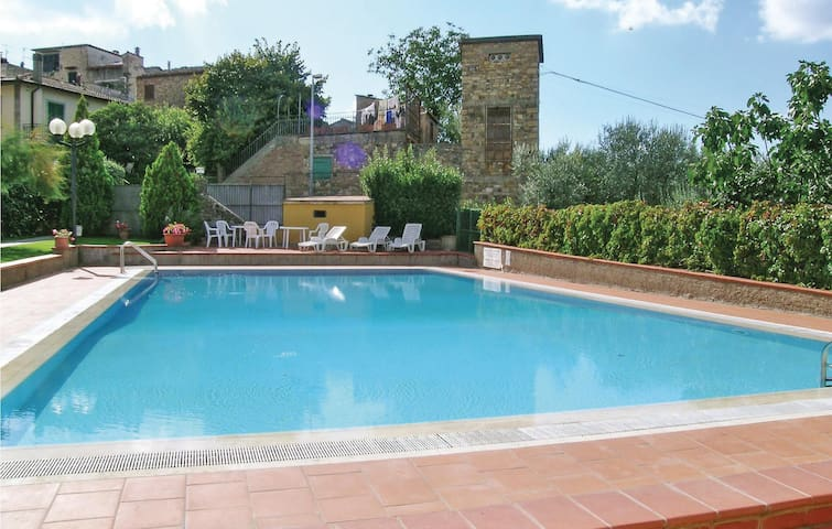 Holiday apartment with 2 bedrooms on 45 m² in San Donato in P. FI
