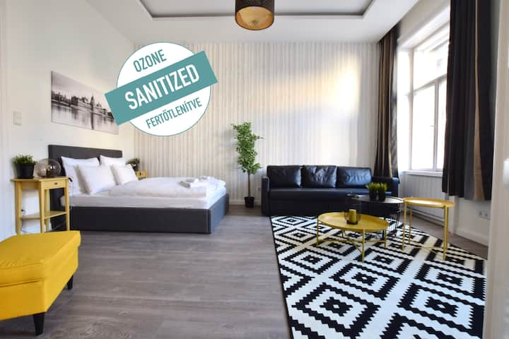 Standard Apartment by Hi5 - Beautiful&Central(120)