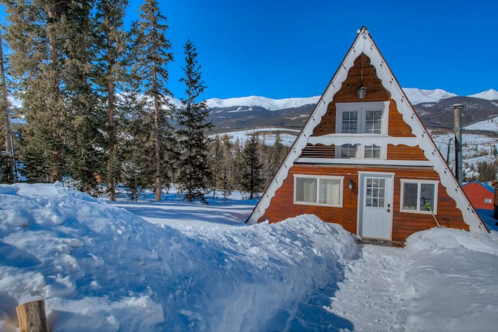 Beautiful Rustic A-Frame Minutes to Breck!
