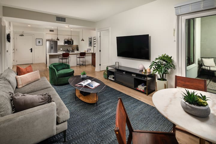 Rest easy and live life | 2BR in Los Angeles