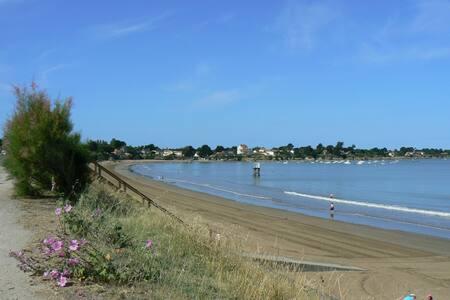 Plage du Cormier à 50 mètres à pied - La Plaine-sur-Mer