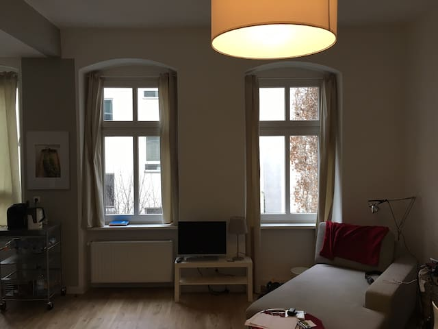 In the Heart of Friedrichshain - Berlin - Apartament