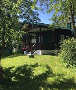 Einzigartiges Holzhaus ,40 km südlich von München - Pähl