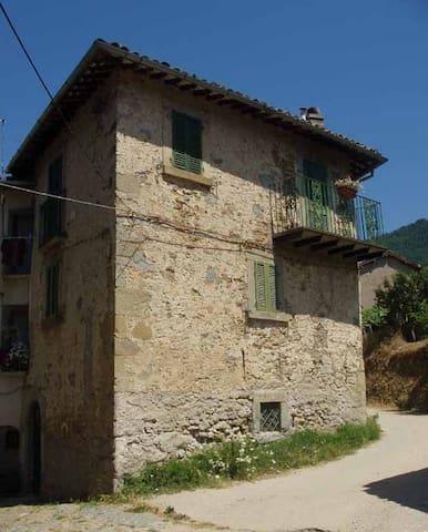 Casa a S. Angelo - Cerro di Galloro - Amatrice - Hus