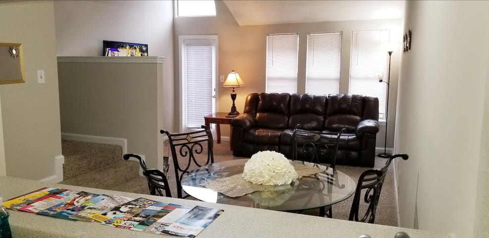 Atlantic Station 1bdrm Townhome