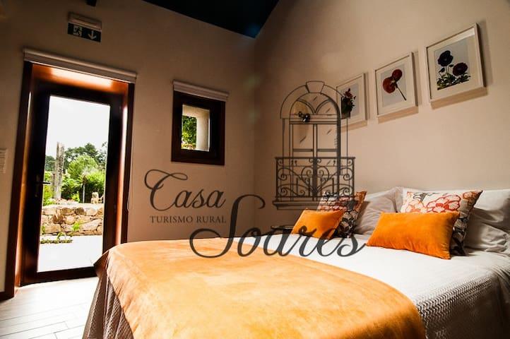 Casa Soares - Estúdio Amor Perfeito - Milheirós de Poiares - Bed & Breakfast