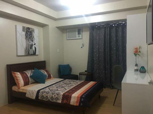 An elegant and spacious room - Cebu City - Apartmen