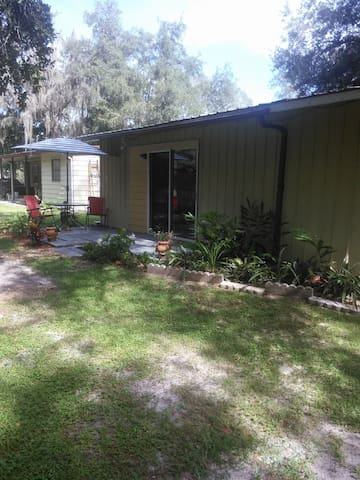 Zephyrhills getaway, The shack outback. Private