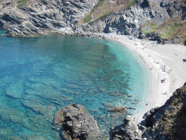 Casetta a schiera vicino al mare - Argentiera - 단독주택