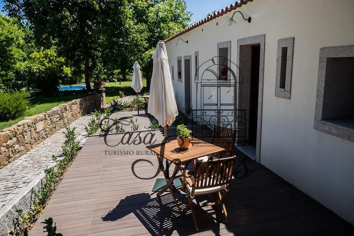 Casa Soares - Estúdio Violeta - Milheirós de Poiares - Bed & Breakfast