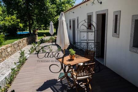 Casa Soares - Estúdio Violeta - Milheirós de Poiares