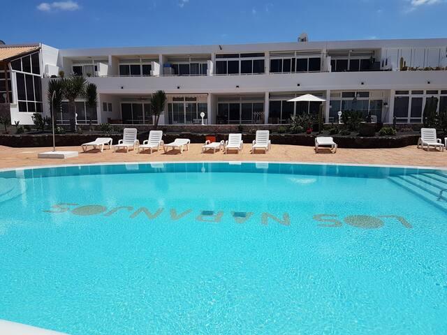 Una de las dos piscinas