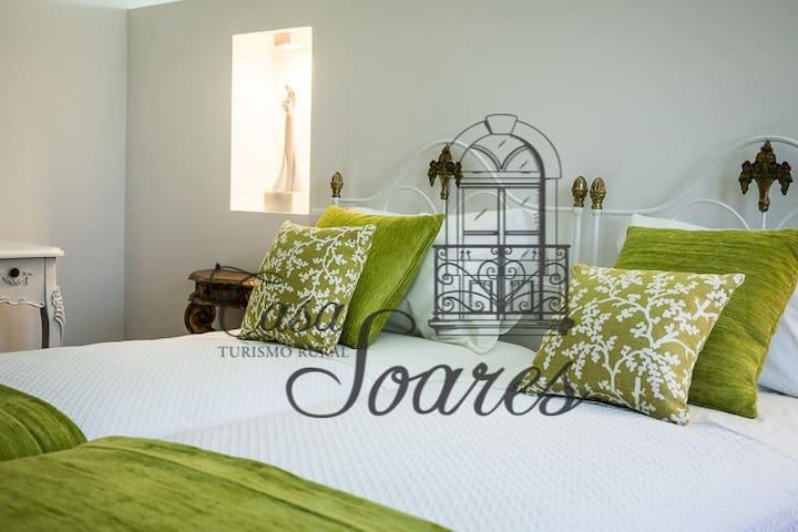Casa Soares - Sobrado Velho - Milheirós de Poiares - Casa de camp