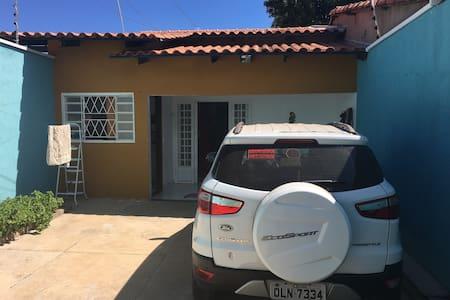 Excelente Casa em Palmas - Região Sul