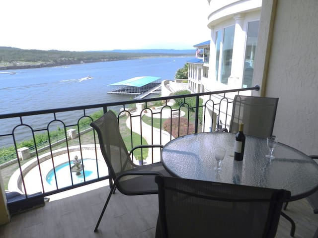 Amazing Lake Travis View Villa 1 - Lago Vista - Villa