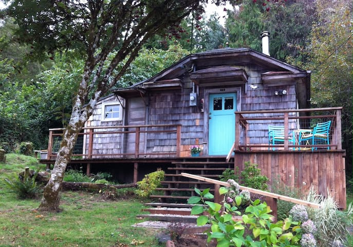The Cabin at Willapa Bay - South Bend - Blockhütte