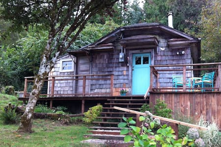 The Cabin at Willapa Bay - South Bend - กระท่อม