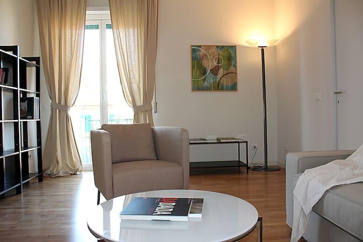 INTERNO 9 - Rom - Lägenhet