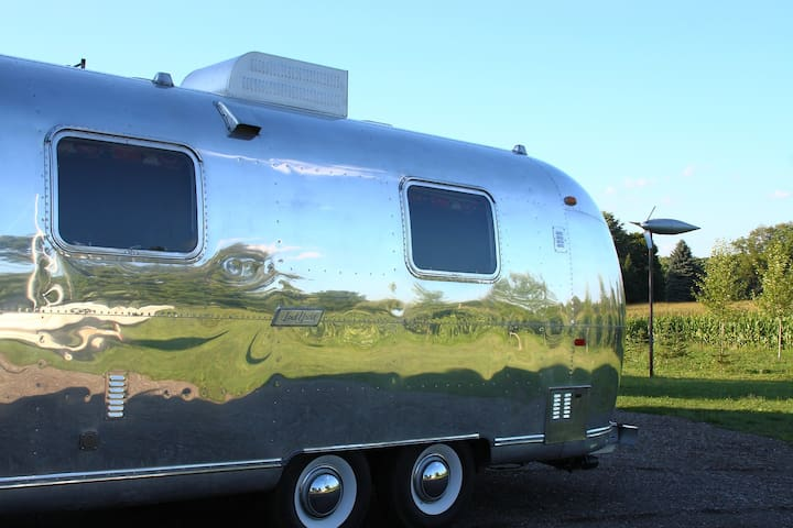 1971 Airstream 25 foot fully redone
