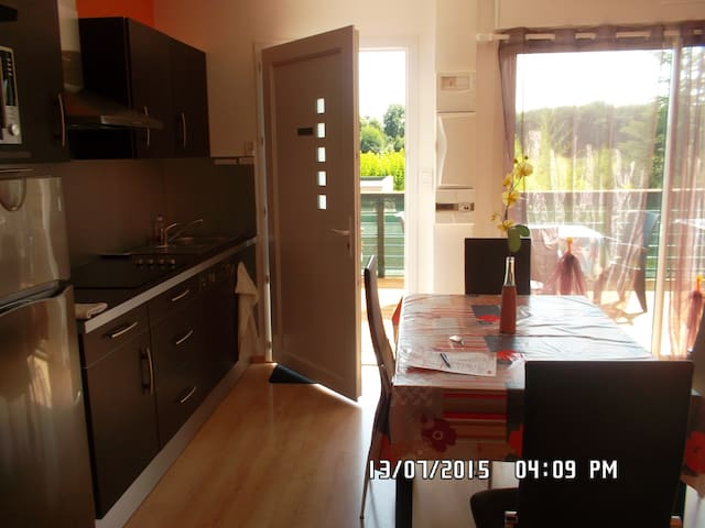 "Appartement ""ford Boyard"" 4 personn - Saint-Simon-de-Bordes - Wohnung"