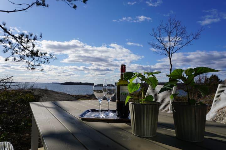 Lill-Meta, panorama view and ocean access