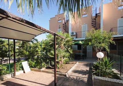 Il giardino delle stelle - Manfredonia - Villa
