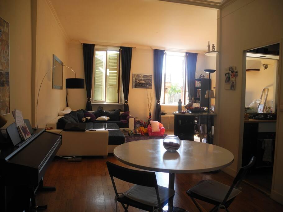 appartement familial plein centre appartements louer annecy rh ne alpes france. Black Bedroom Furniture Sets. Home Design Ideas