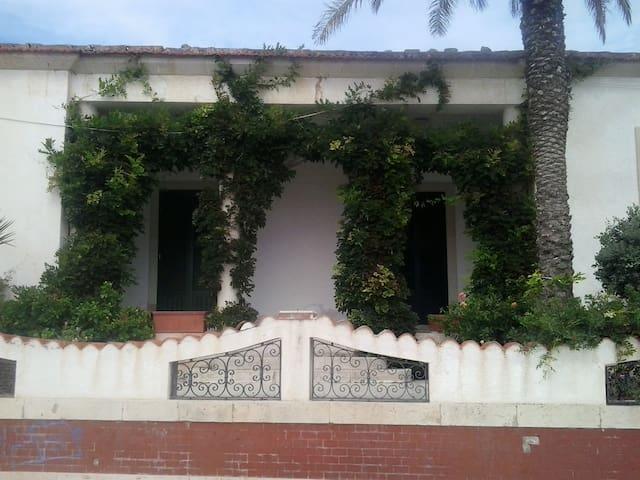 casa vacanze a marina di ragusa - Marina di Ragusa - Villa