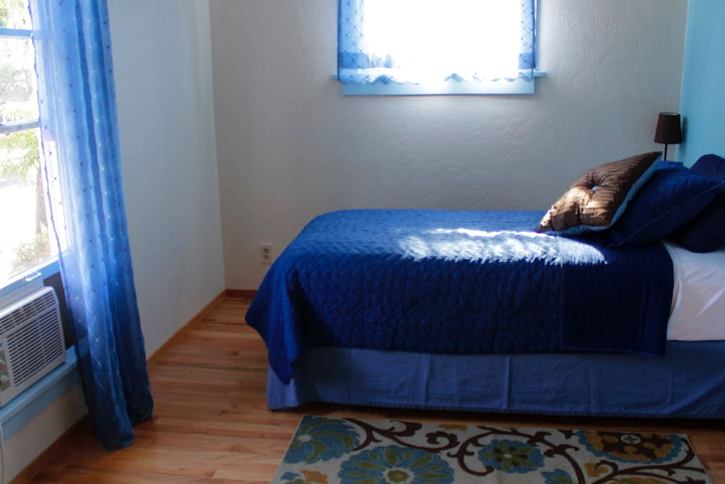 Single room with twin bed on second floor