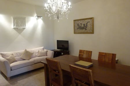 Large village house rooms to rent - Chiaramonti