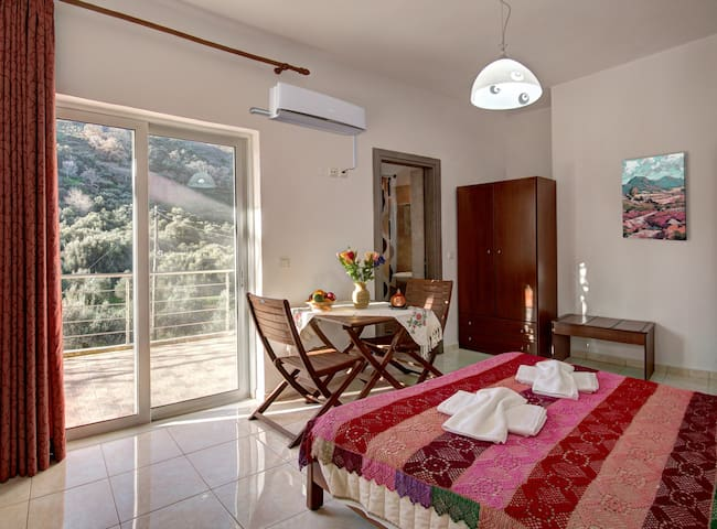 Antartisa B&B-Standard Double Room-near ELAFONISI