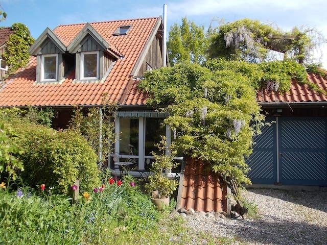 Wohlfühlzimmer für Naturliebhaberin - Giekau - Rumah