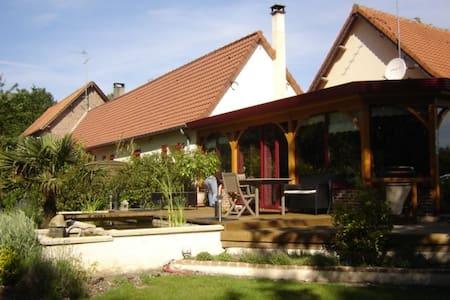 gîtes de l'Ermitage et la Verriére - Ev