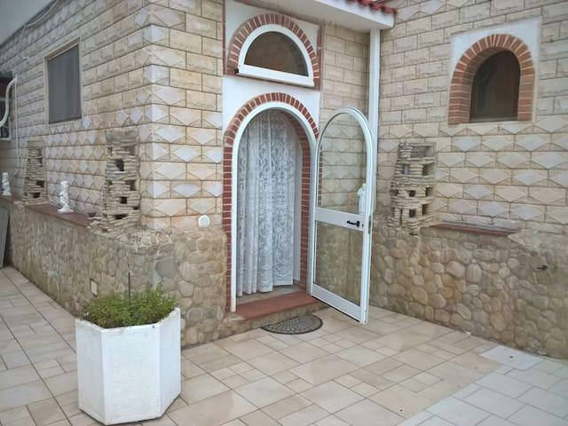 Appartamento a pochi metri dal mare - Carovigno, Puglia, IT - Huoneisto