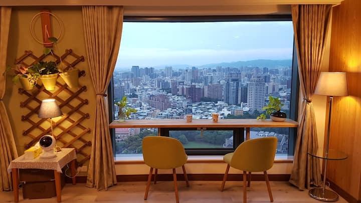 Seeing Taichung 品味生活高樓夜景,近勤美綠園道、逢甲夜市